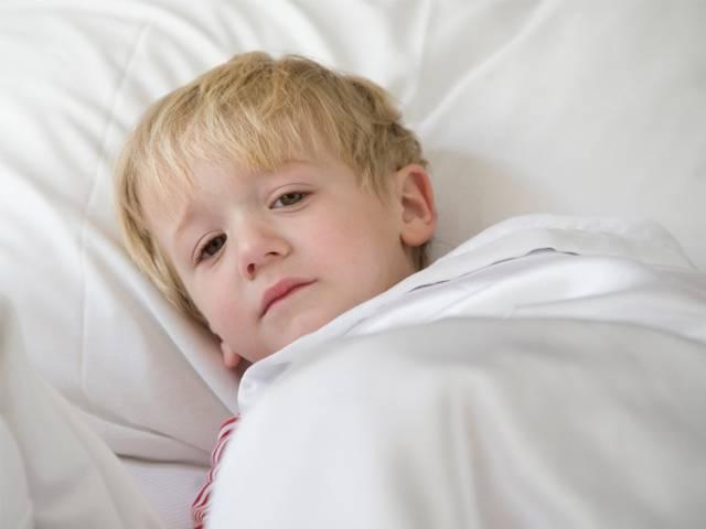 Запах ацетона изо рта у ребенка кашель