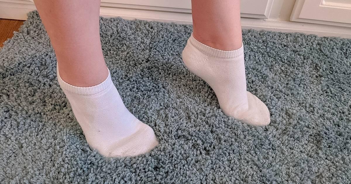 Е. комаровский: ребенок ходит на носочках - причины, почему дети встают на цыпочки