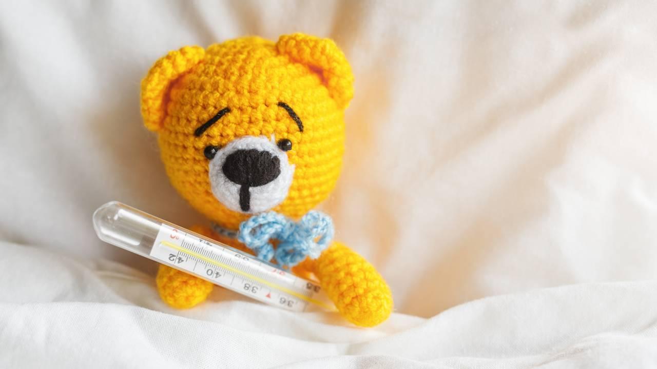 Что делать при бессимптомном повышении температуры до 40 у ребёнка