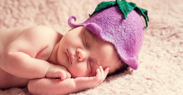 Не с той ножки встал: почему ребенок плачет после сна и что с этим делать?