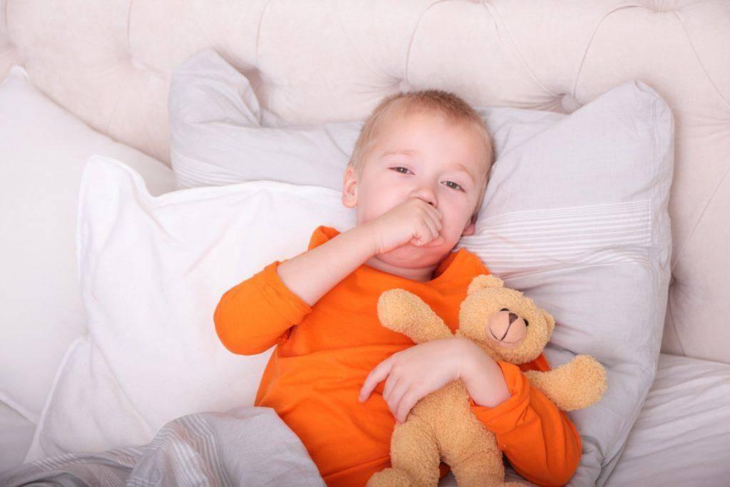 Почему ребенок покашливает без признаков простуды
