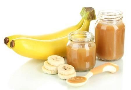 Со скольки месяцев можно давать грудничку банан и пюре из него