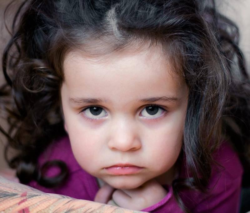 Синяки под глазами у ребенка: причины и лечение, что это значит?
