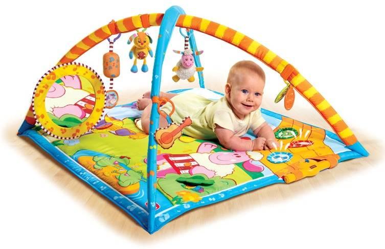 Развивающий коврик: нужен ли ребенку и когда его стоит покупать?