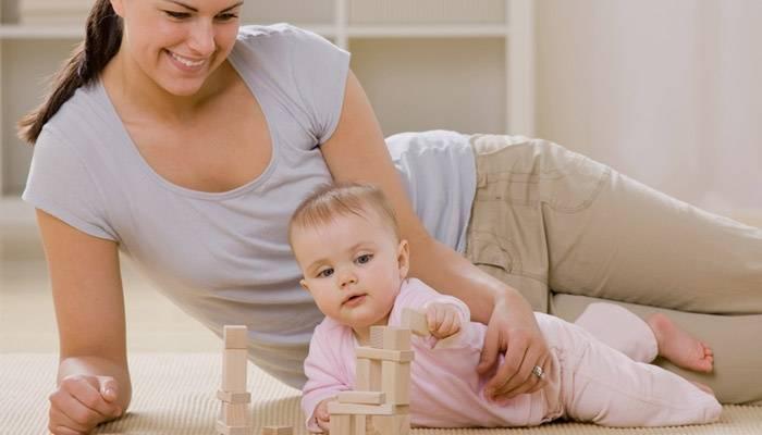 Как научить малыша ползать(упражнения), упражнения научить ребенка сидеть