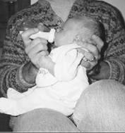 Малыш засыпает при кормлении: как разделить еду и сон