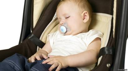 Е. комаровский: синдром навязчивых движений у детей - лечение, неврозных состояний, что делать если ребенок мотает головой из стороны в сторону, часто моргает и жмурится