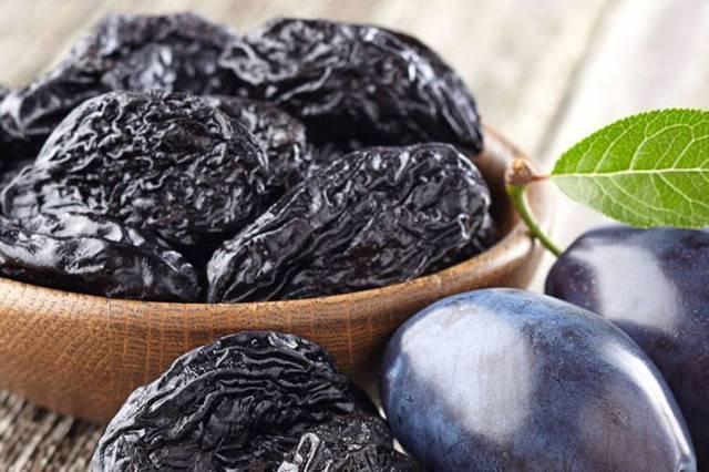 Отвар из чернослива для грудничка — как приготовить