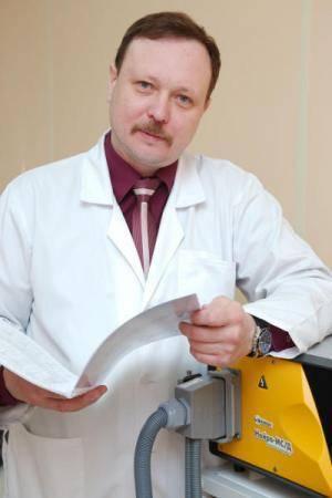 Каких врачей проходят в месяц???