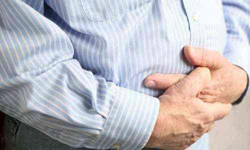 Как правильно делать массаж при запоре у новорожденного и грудничка?