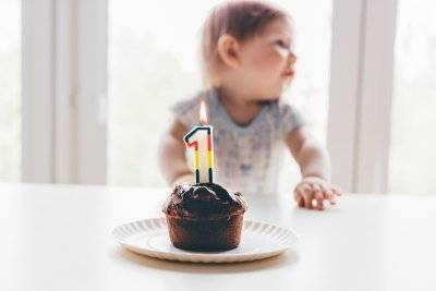 Что должен уметь ребенок в 3 месяца - физическое и психоэмоциональное развитие. питание и навыки