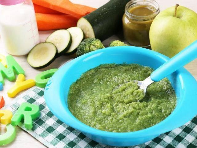 Рецепт для прикорма — пюре из кабачка для грудного малыша