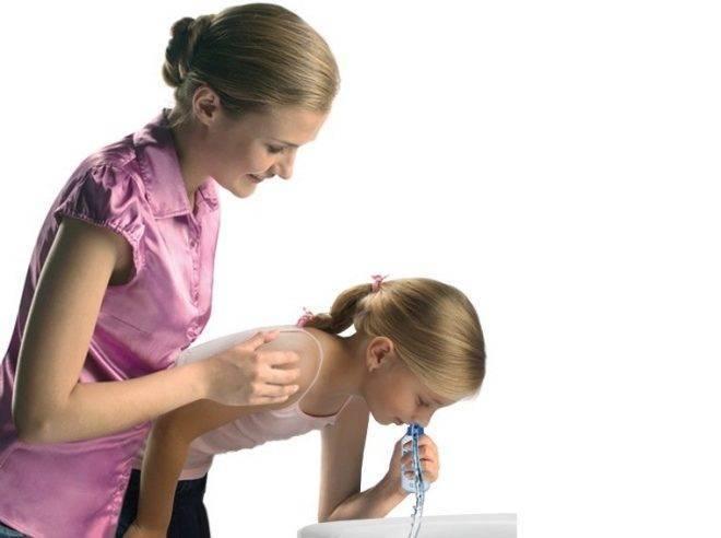 Ухо болит, заложено и плохо слышит: причины и варианты лечения