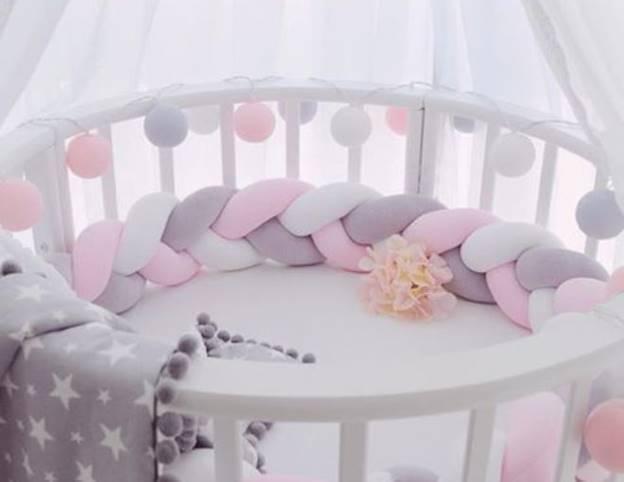 Выбор и покупка бортиков в кроватку для новорожденного: нужны ли они, на что стоит обратить внимание