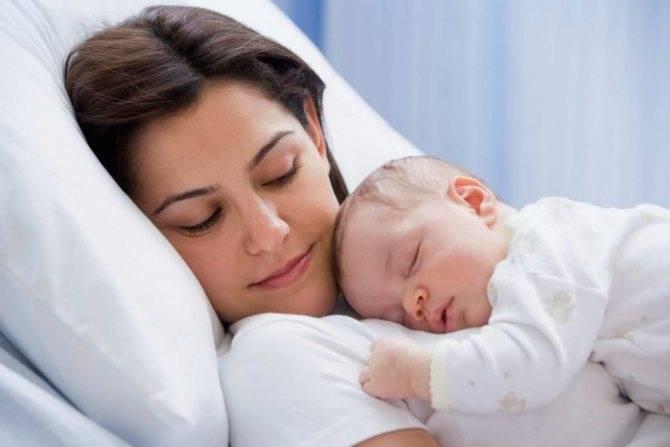 Основные причины жидкого стула у новорожденного на грудном вскармливании