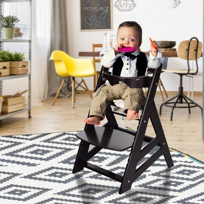 Какой стульчик и столик купить ребенку к 2-м годам?