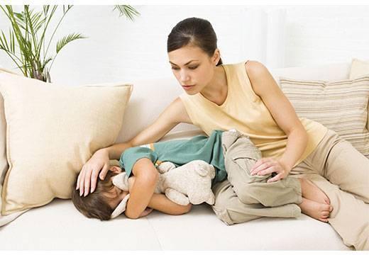 Рвота у ребенка непереваренной пищей, возможные причины, опасные симптомы, диагностика и лечение