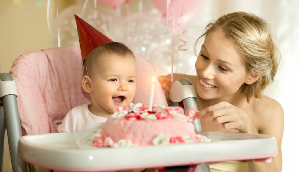 Как развивать ребенка в 1 год и 4 месяца: что интересно малышу в год и 4 ?