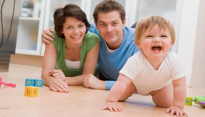 Как научить ребенка ползать на четвереньках: видео, упражнения, форум | метки: физкультура, младенец, начинать, сидеть, месяц