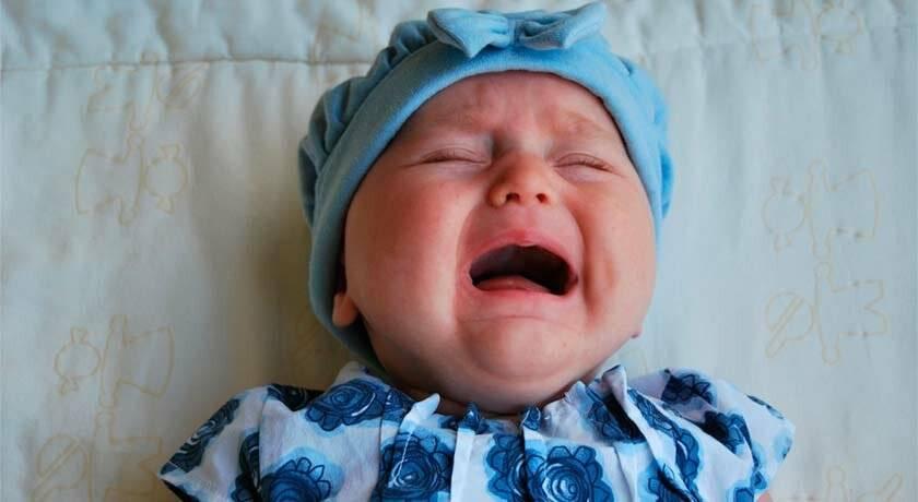 Болит живот: дисбактериоз, колики, жидкий стул у ребенка на грудном вскармливании. жидкий стул у новорожденного при кормлении грудью