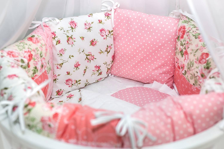 Постельное белье в кроватку для новорожденных: выбираем детское белье, размеры наборов