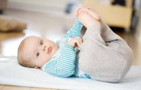 Доктор комаровский о том, как научить ребенка переворачиваться со спины на живот