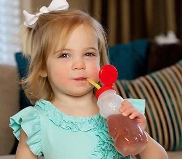 Как научить ребенка пить с кружки? - как научить ребёнка пить из кружки - запись пользователя ирина (ivasilch78) в сообществе питание от года до трех в категории подскажите, пожалуйста! - babyblog.ru