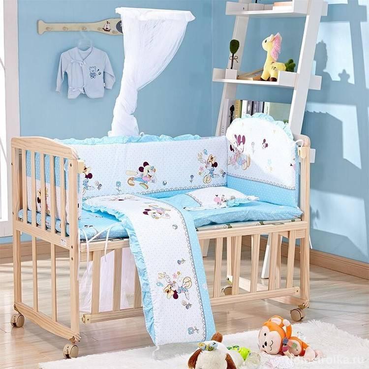 Безопасность вашего ребенка: бортики в кроватку для новорожденных и их виды