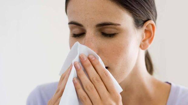 Как лечить внутренний насморк, если у ребенка в носоглотке сопли и не высмаркиваются