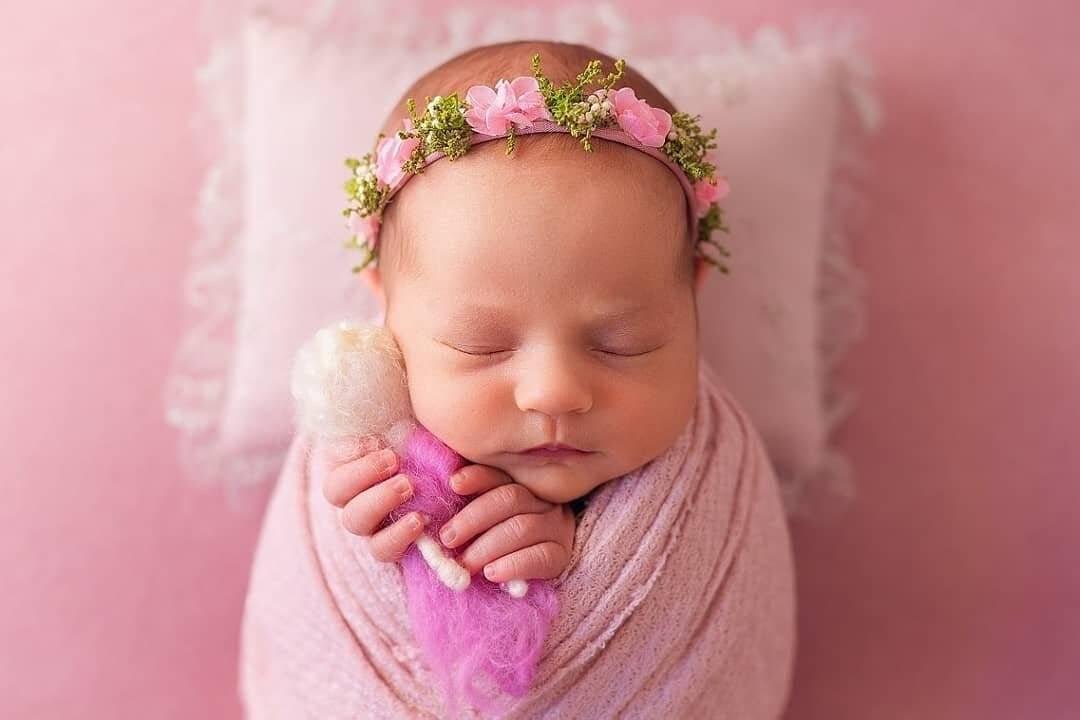 Уход и гигиена за новорожденной девочкой: 9 полезных советов
