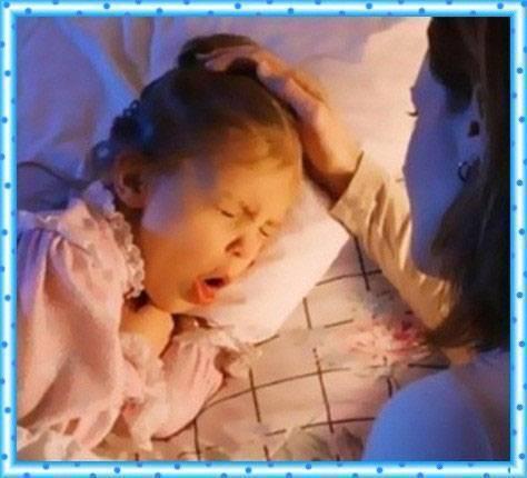 Как помочь грудному ребенку при кашле ночью
