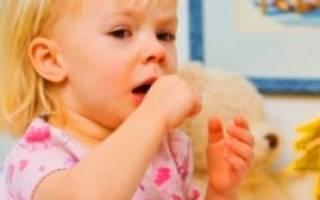 Насморк и кашель у грудничка  — причины, что делать и как лечить?