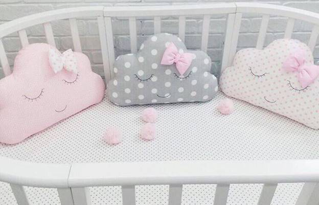 Главное при выборе бортиков в кроватку для новорожденных — размеры! советы по уходу за таким аксессуаром