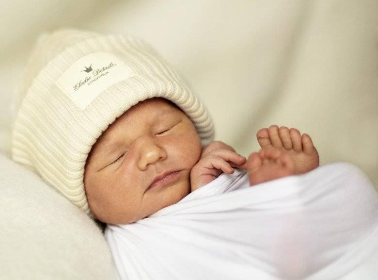 Температура тела новорожденного: когда начинать бить тревогу?