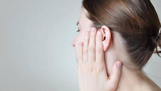У ребенка насморк и болит ухо что делать в домашних условиях