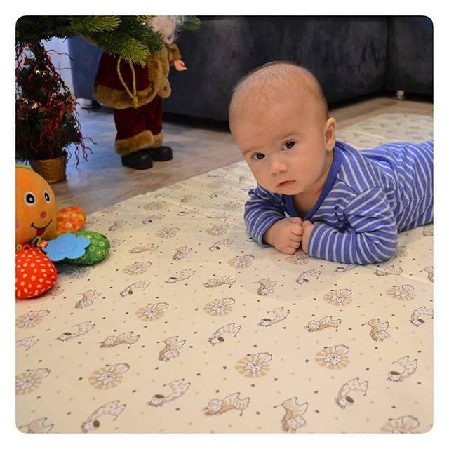 Что делать, если ребенок подавился грудным молоком, едой или водой, слюной