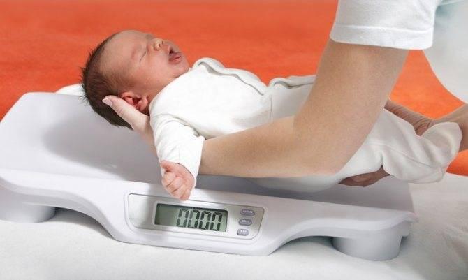 Грудной ребенок плохо набирает вес: причины