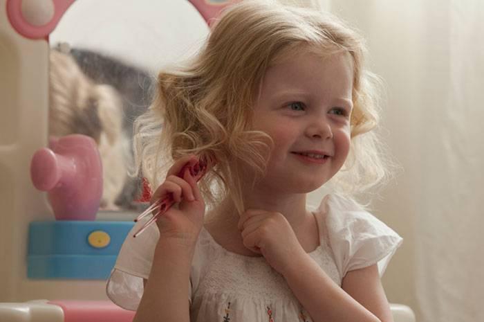 Как выбрать зубную щетку для ребенка до года, от 1 до 3 лет и старше: обзор лучших производителей, советы по выбору