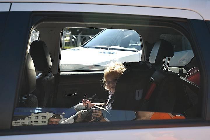 Как возить в машине грудного ребенка!