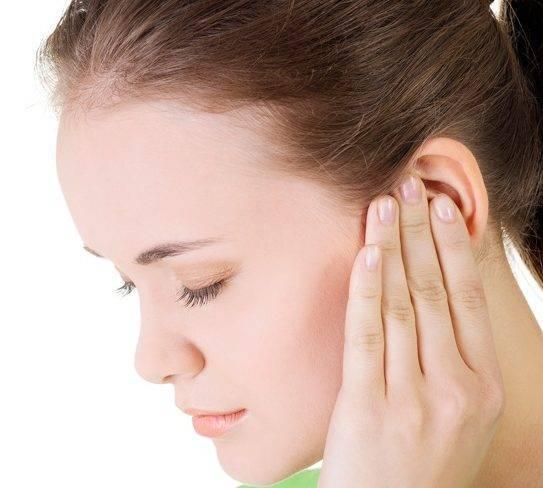 Что делать, если заболело ухо при простуде и насморке у взрослых – чем лечить