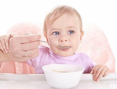 Питание ребенка от рождения до трех лет по месяцам