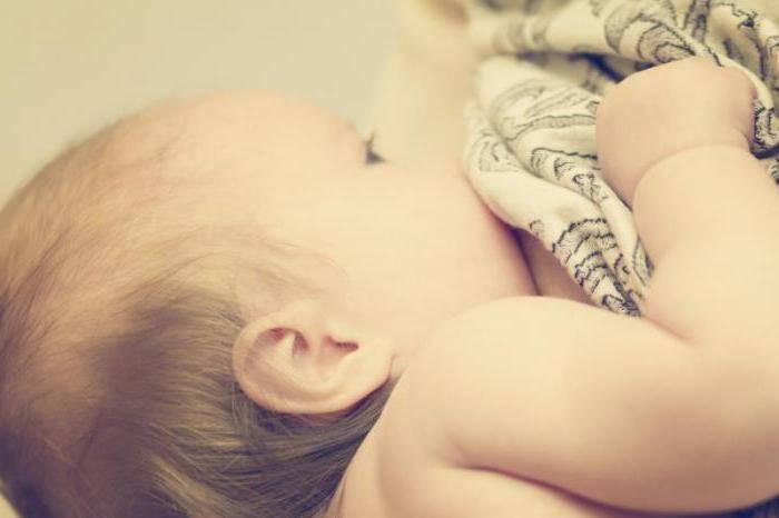 Как избавить кормящую маму от температуры и не навредить ребёнку