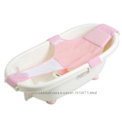 Гамачок или горка в ванночку доя новорожденного?