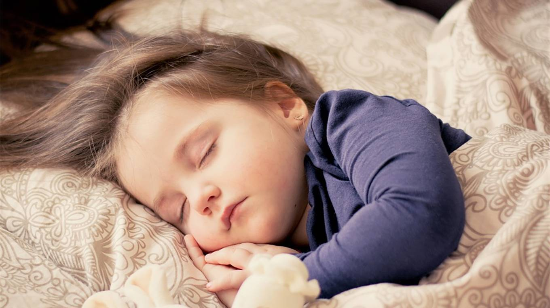 Особенности распорядка дня ребёнка в 10 месяцев