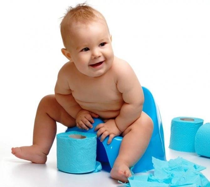 Причины появления крови в кале у младенца