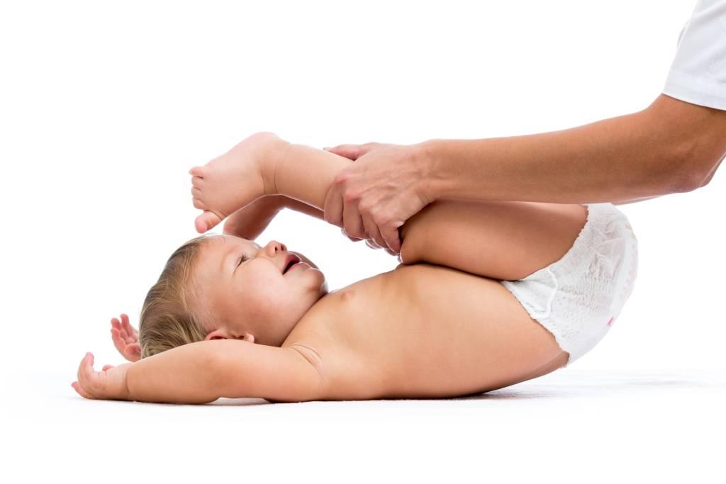 Занятия гимнастикой с ребенком до года: полезные советы - календарь развития ребенка