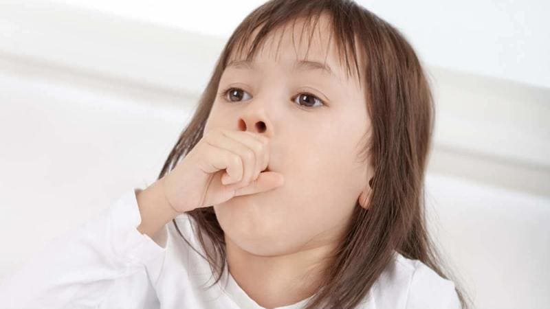 Кашель у грудничка без температуры: чем лечить сухой и влажный кашель