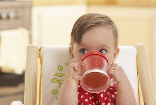 С какого возраста можно детям давать чай