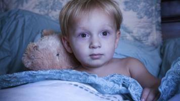 Что делать, если грудничок плохо спит ночью и часто просыпается