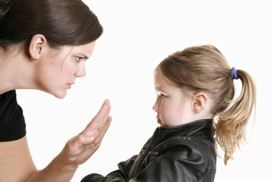 Почему ребенок чешет и трет глаза: причины, симптомы заболеваний, лечение